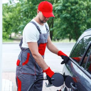 Gasolina está cara? Confira dicas simples para economizar combustível